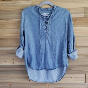 5/25 Chambray Lace Front Tunic Top XS